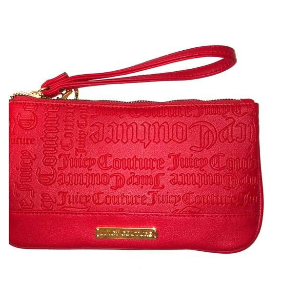 Juicy Couture Handbags - ❤️Juicy Couture Wristlet❤️